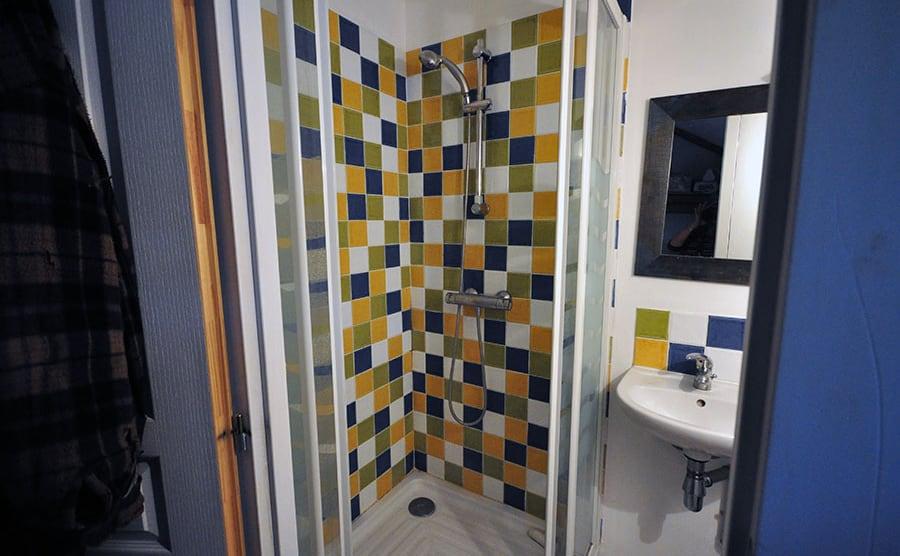 salle de bain du bas, la jarronnée, lgdb